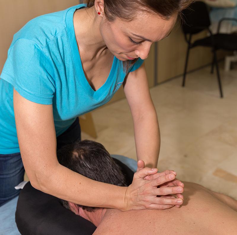 fisioterapeuta malaga manipulacion espalda